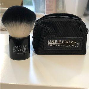 Makeup Forever Kabuki brush